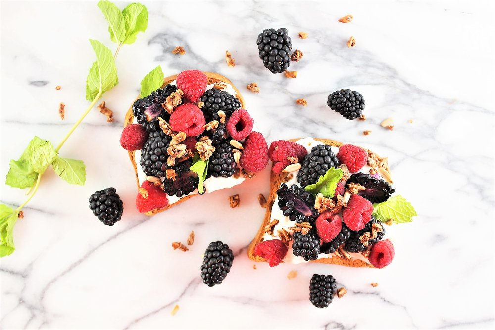 berry minty toast
