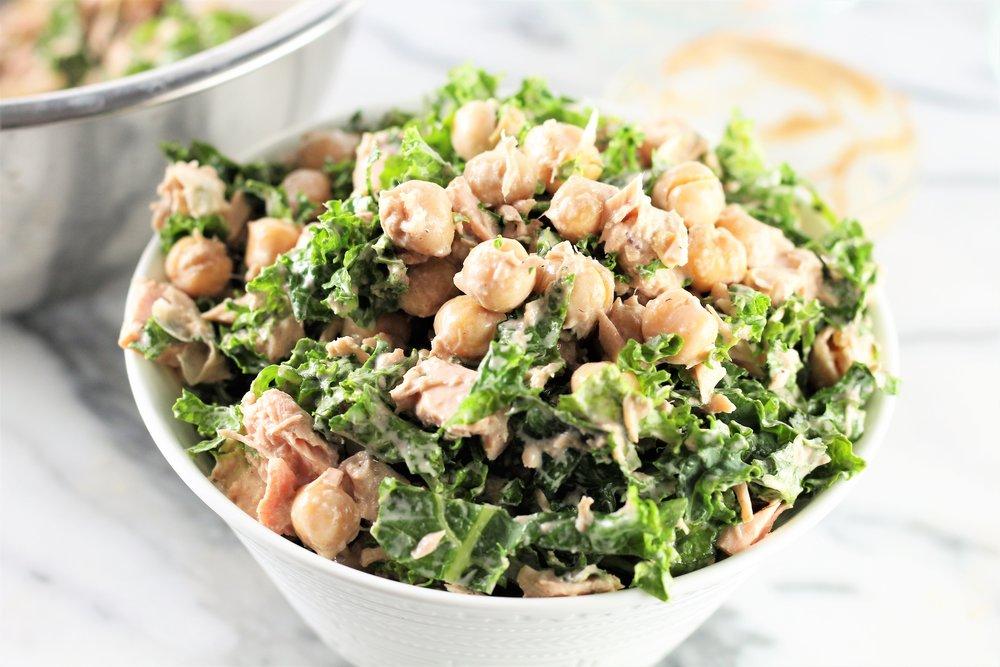kale and chickpea tuna salad