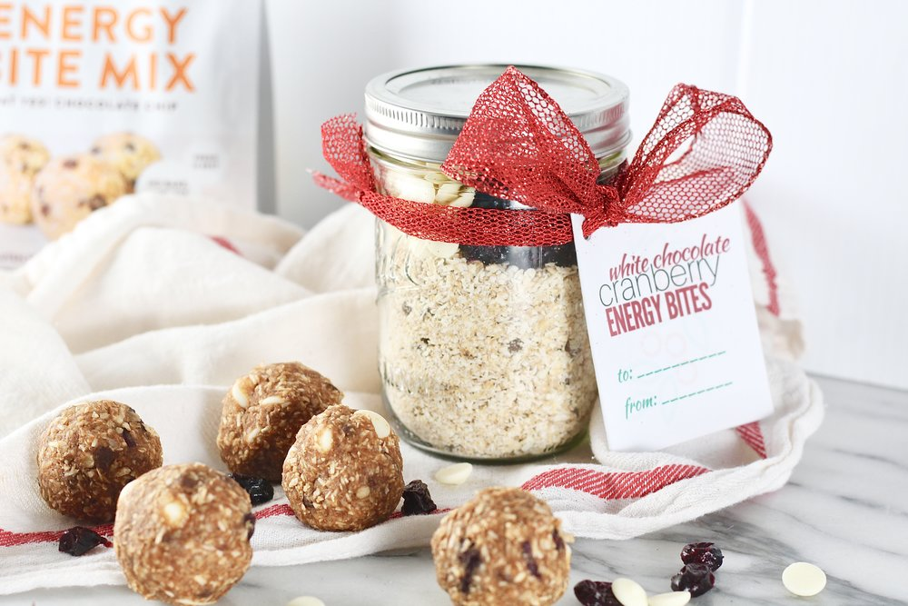 DIY Holiday gifts in a jar: Protein balls and energy bites