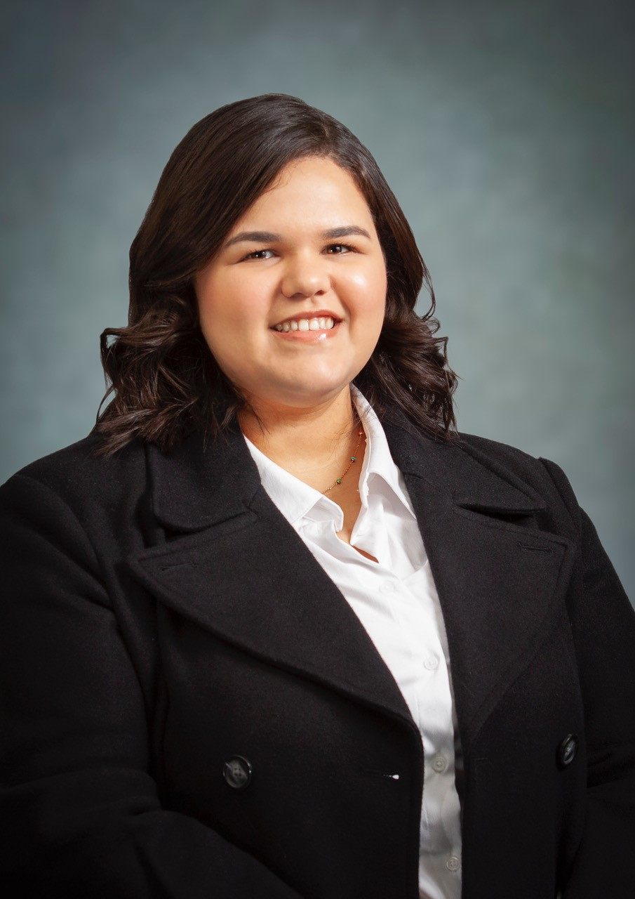 Iandra Garcia, Bilingual Receptionist