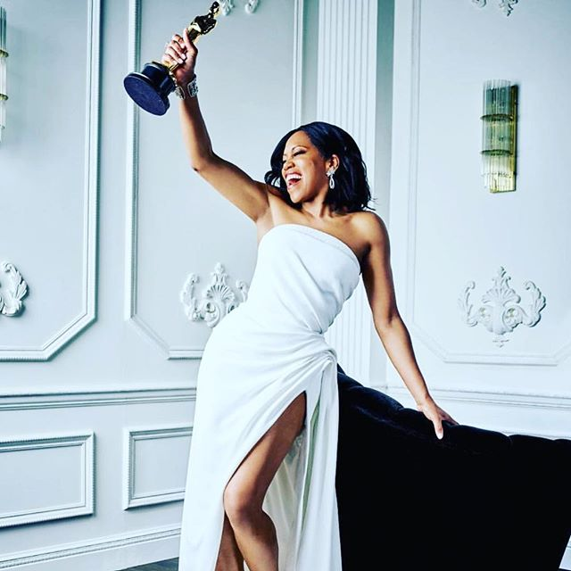 Congratulations to @iamreginaking for her Oscar win! I've been a fan since 227. She has inspired me at every step with her strength, pose and grace. #oscars2019 #reginaking #ifbealestreetcouldtalk