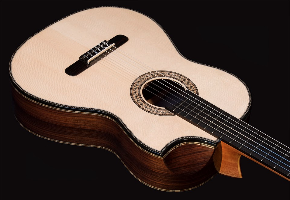 Bellucci guitar with an 'Indented Cutaway' from Mangore guitars.