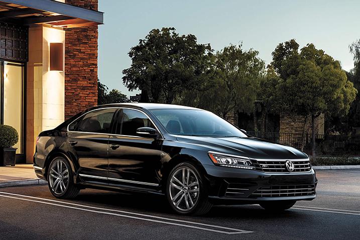 Volkswagen-Passat-black.jpeg