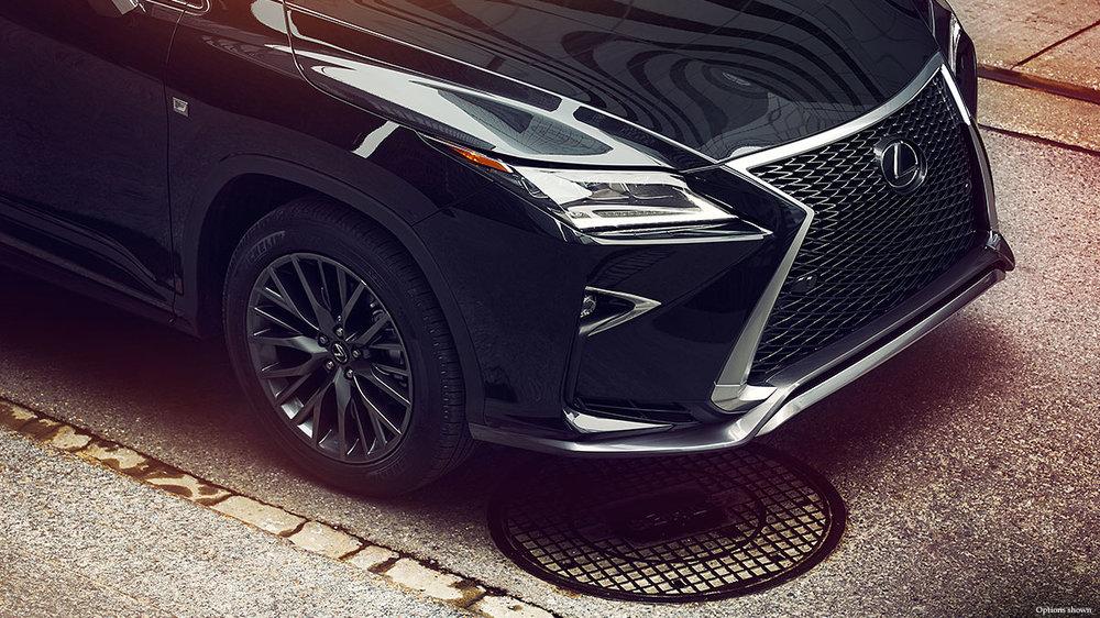 Lexus-RX-fsport-performance-styling-keyfeatures-1204x677-LEXRXGMY160053.jpg