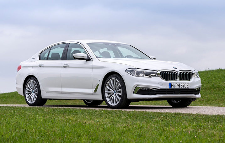2019-BMW-530-Outside-717x456.jpg