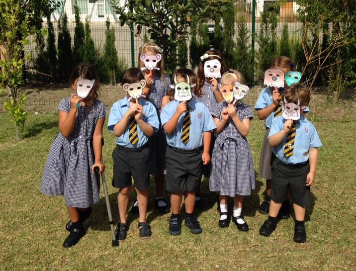 KS1 with their Gruffalo masks.