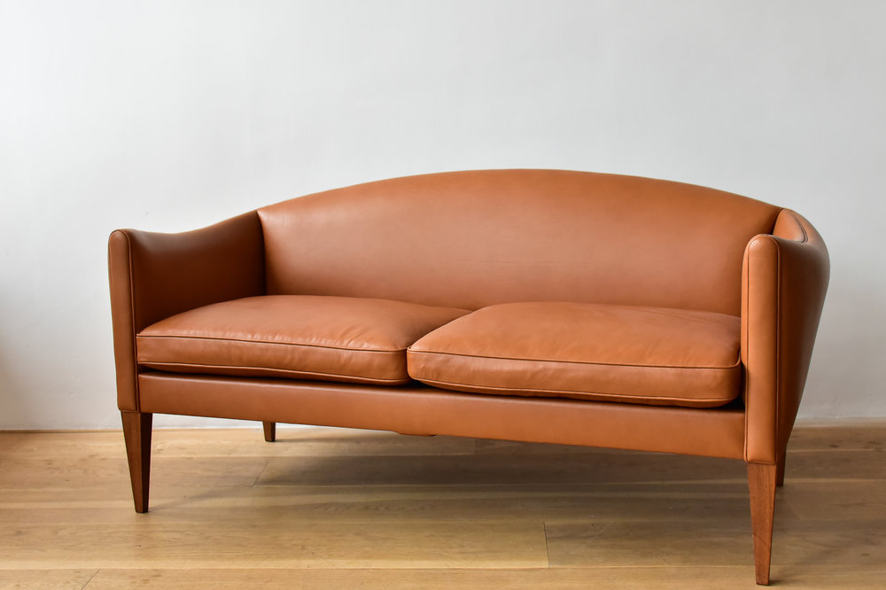 Tan_Leather_Sofa2.jpg