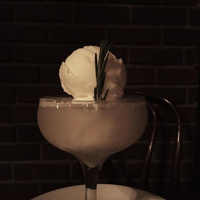 Beautiful things are coming... here's one you can indulge in right now: our house float. Delicate orange gelato and prosecco tempered with a hit of St. Germain 💃🏾