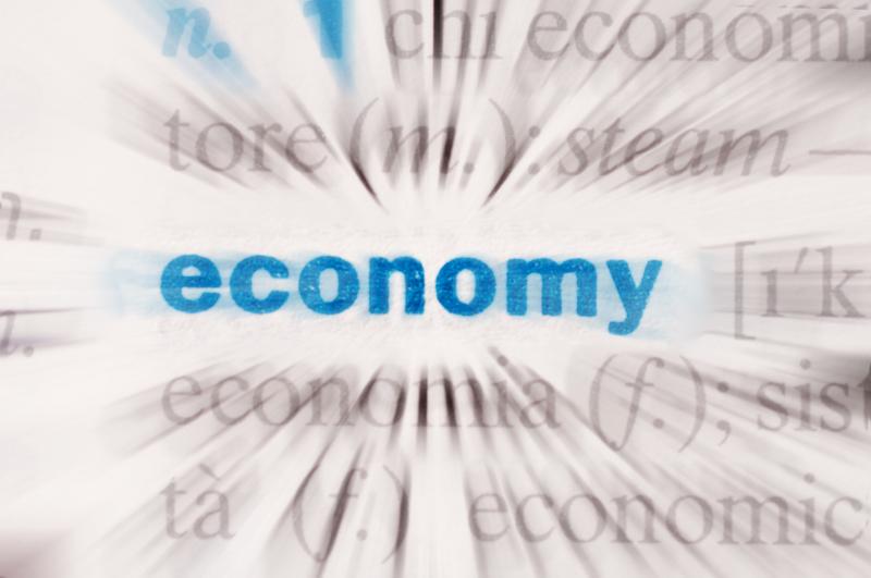 DE-discusses-economy.jpg