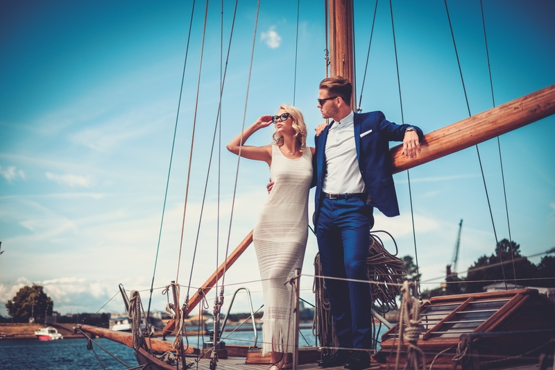 wealthy-couple-on-yacht