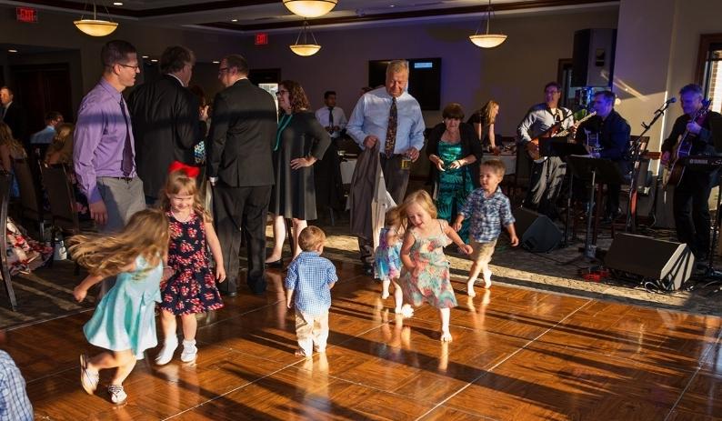 Wedding Dancing 1.jpg