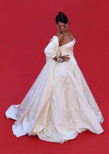 Rihanna 2017.JPG