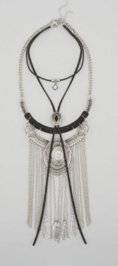 New Look Necklace  £17.99