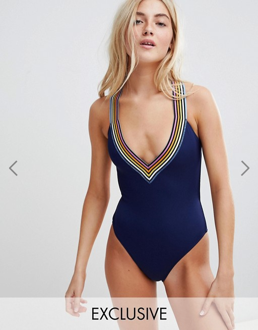 ASOS- RIP CURL EXCLUSIVE LOGO- 65LBS.png