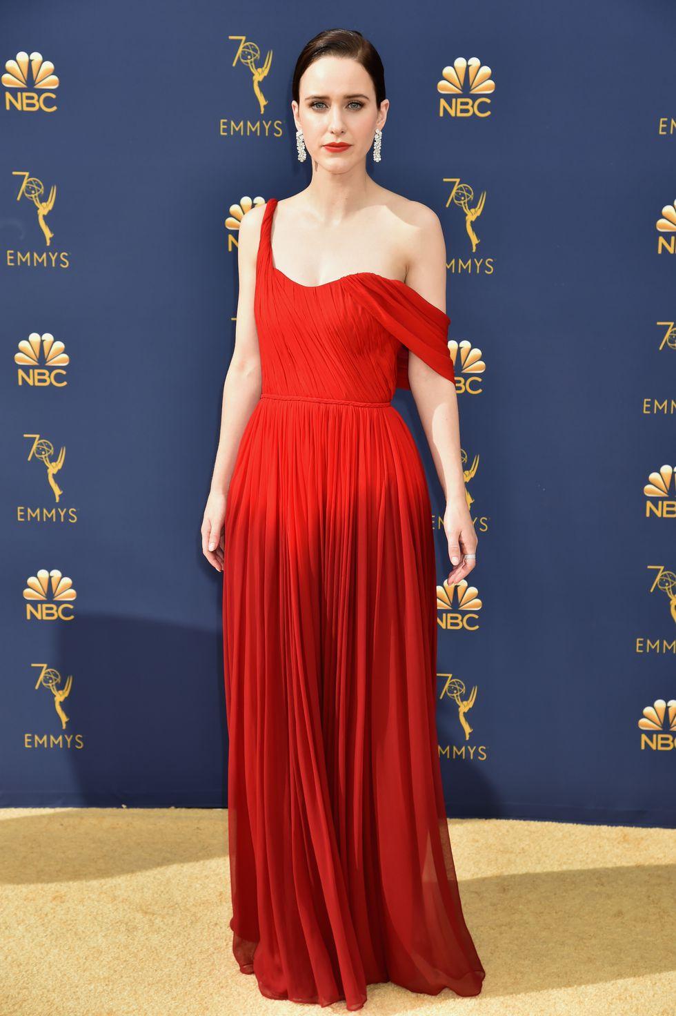 Rachel Brosnahan in Oscar de la Renta