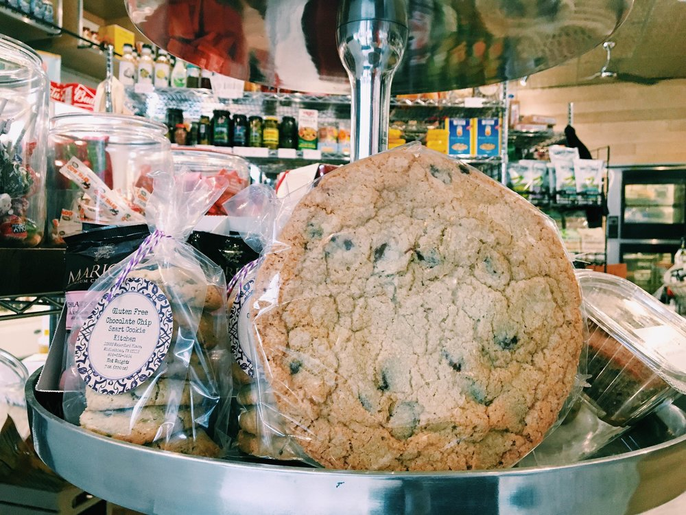 Stella's, not Stella's Grocery, is opening in Charleston, but still: LOOK AT THIS COOKIE.