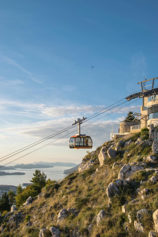 Croatia Cable Car-1-4.jpg