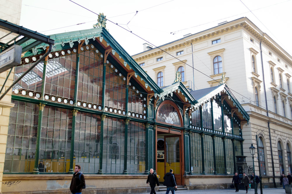 Praha Masarykovo nádraží (Prague Masaryk railway station) under renovation
