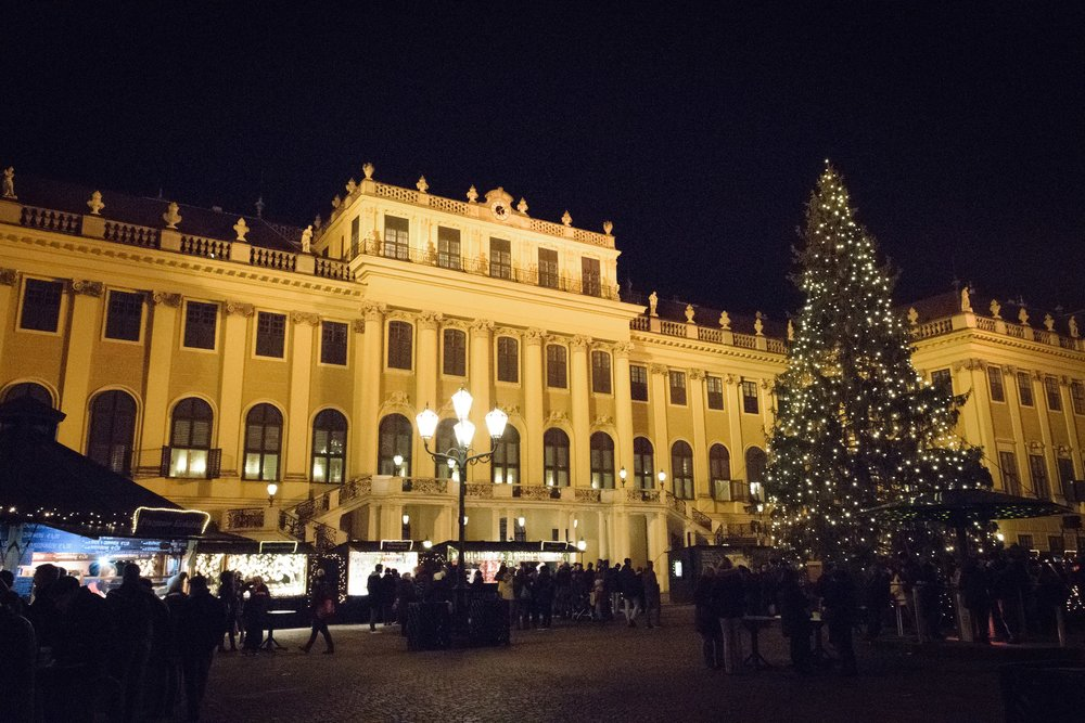 Christmas at Schönbrunner