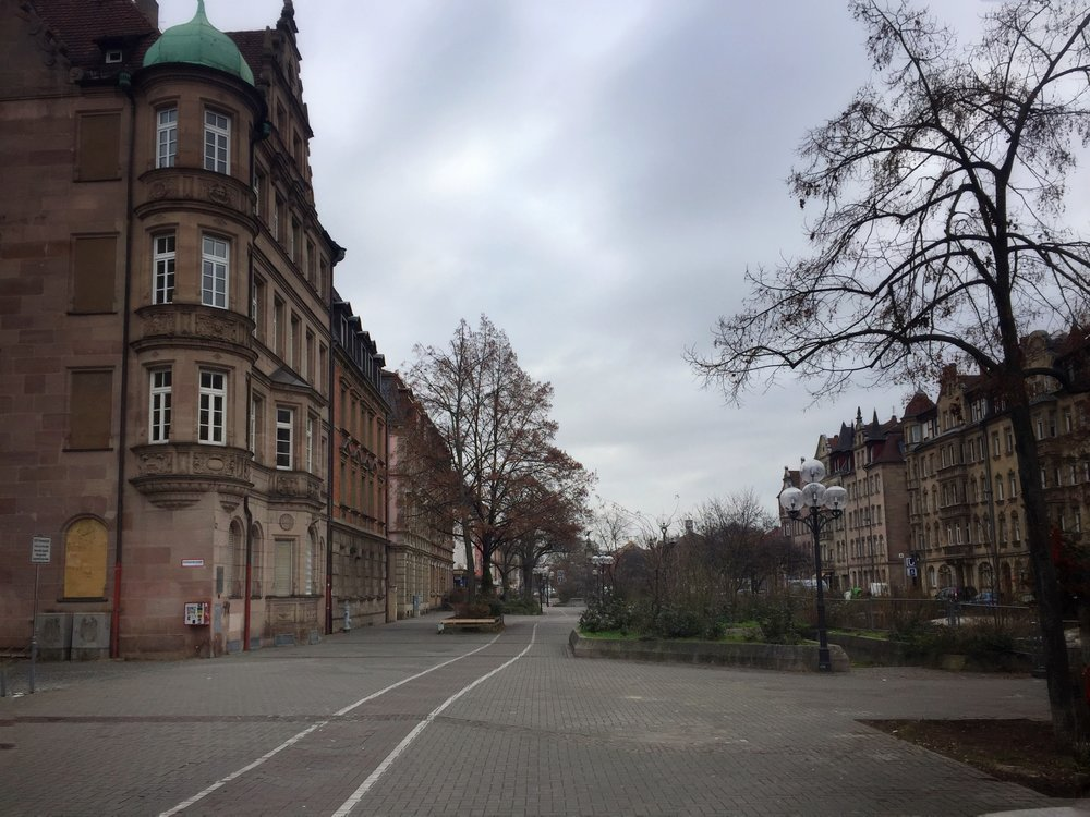 Fürther Straße today, on the bike/ped/seating side of the street