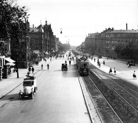 Fürther Straße in 1929; the trolley looks new (photo credit: City of Nuremberg)
