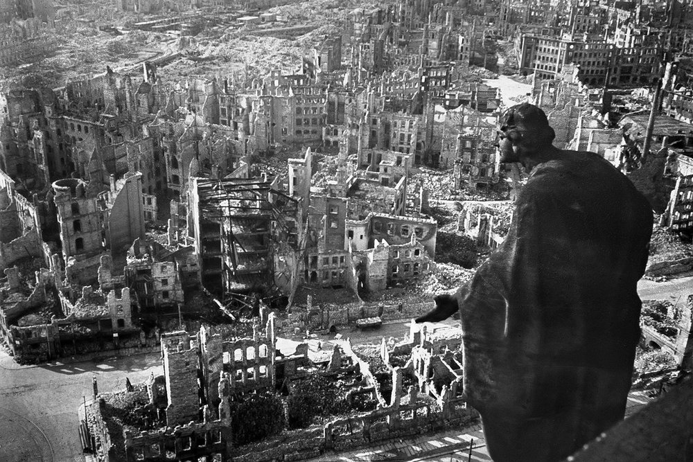 famous image of Dresden in 1945 (photo credit: Walter Hahn/AFP)