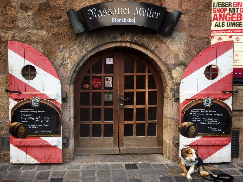 Rassauer Keller's incredibly cute and tiny entrance (Nuremberg)