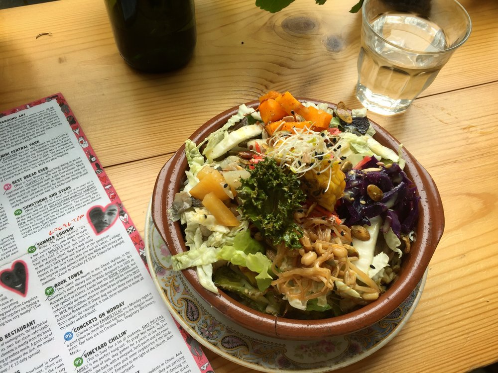 delicious vegan bowl at Lokaal (Ghent)