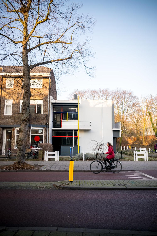 Rietveld Schröder House Utrecht-3.jpg