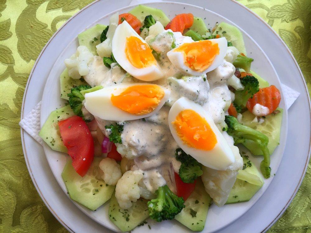cauliflower salad at Dženita (Sarajevo)