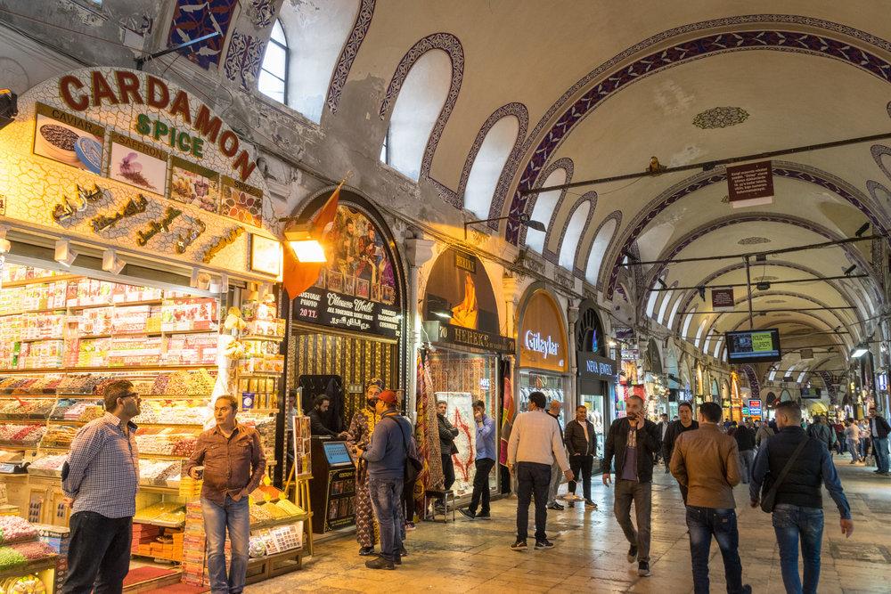 Welcome to Istanbul_bazaar-2.jpg
