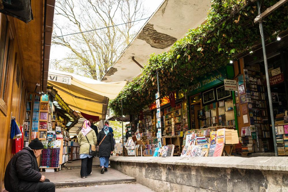 Welcome to Istanbul_bazaar-4.jpg