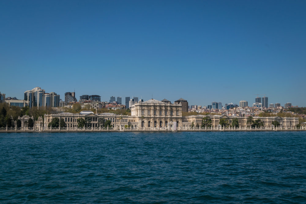 the massive size of Dolmabahçe Palace