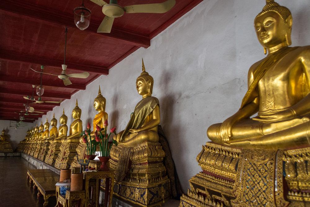 Bangkok temple-3.jpg