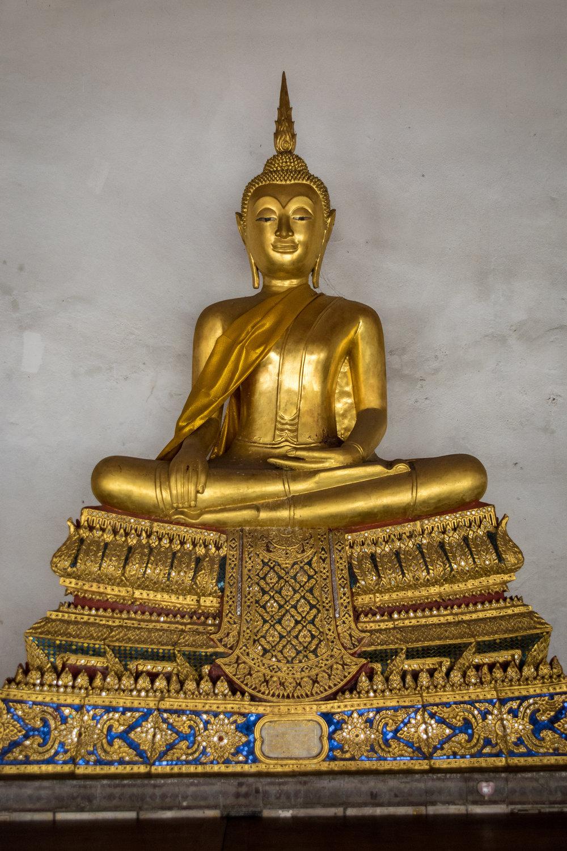 Bangkok temple-4.jpg
