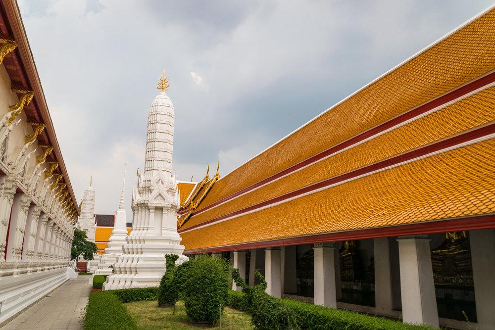 Bangkok temple-5.jpg