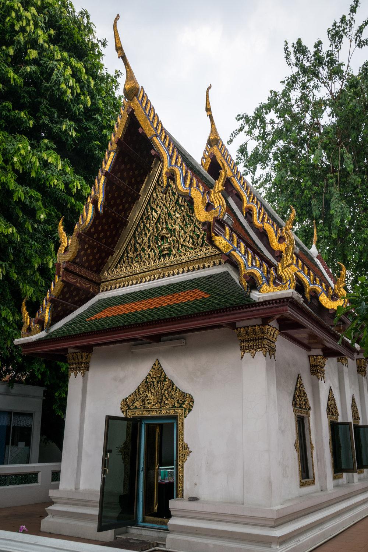 Bangkok temple-7.jpg