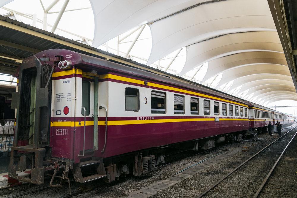 Ayutthaya_train-3.jpg