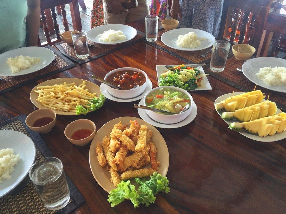 vegetarian lunch (Ko Panyi)