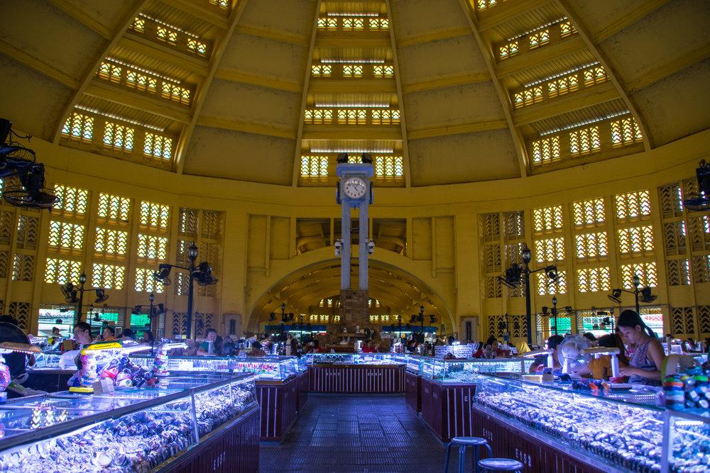 Phnom Penh_central market interior-2.jpg