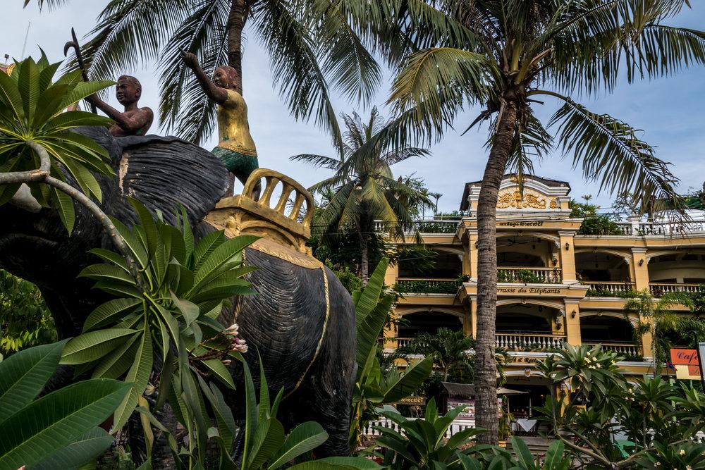 Terrasse des Elephants hotel