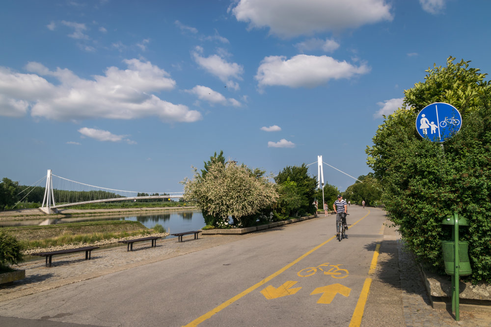 nice bike/ped trail along the water