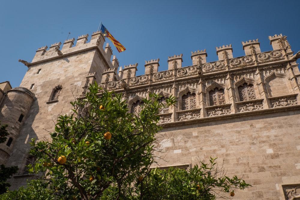 Valencia_La Lonja-1.jpg
