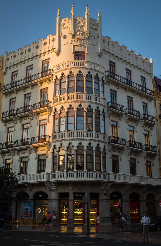 Valencia-3.jpg