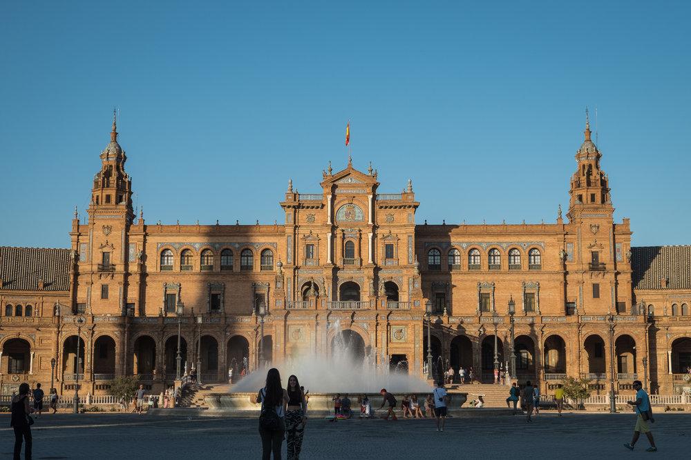 Sevilla_Plaza de Espana-1.jpg