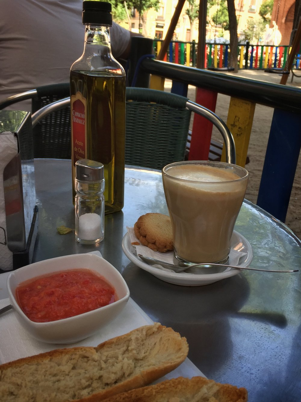 breakfast at Pepe Botella in Madrid