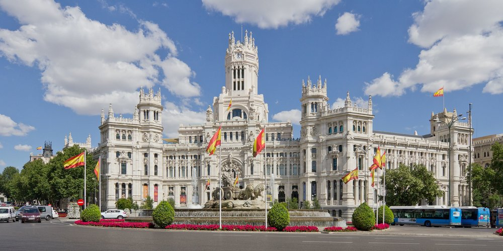 Madrid's city hall, Palacio de Cibeles (photo credit: Carlos Delgado, Wikipedia)