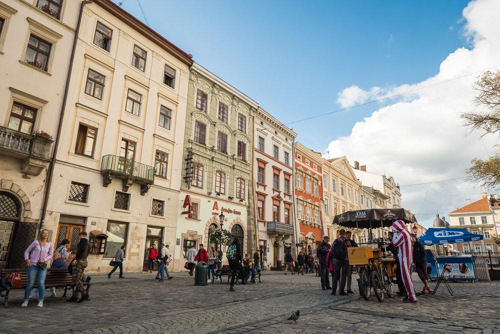 Lviv_Rynok Square (3)-4.jpg
