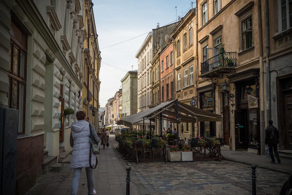 Lviv_Rynok Square (3)-6.jpg