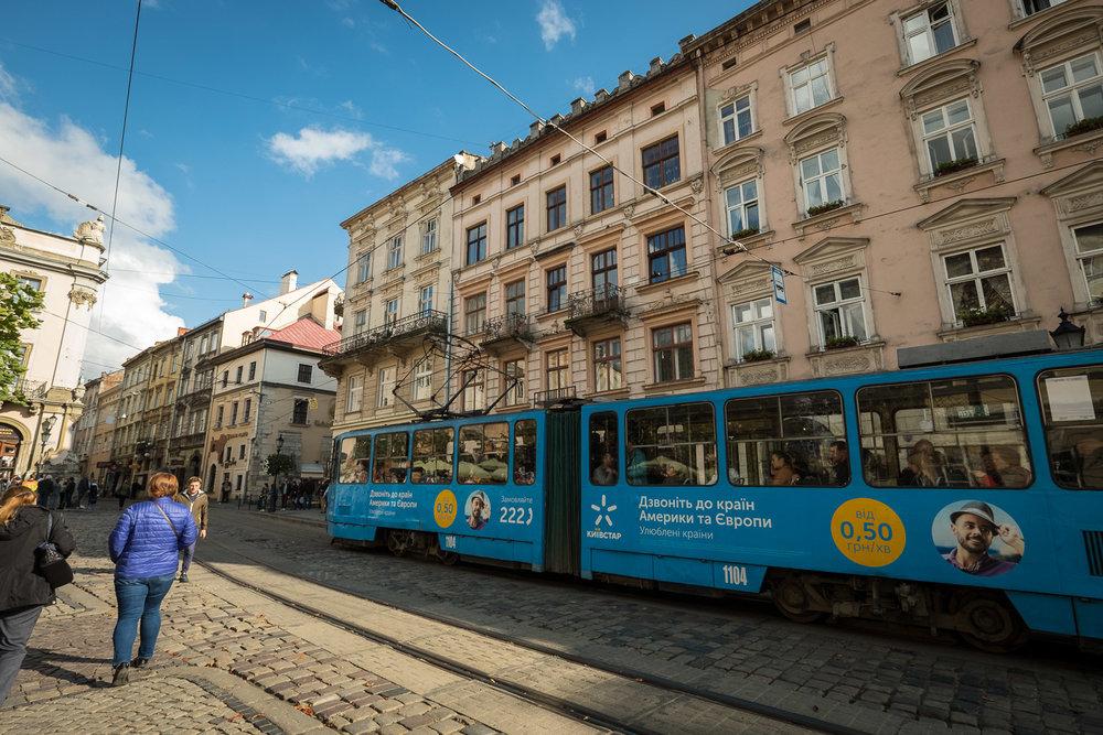 Lviv_Rynok Square (3)-7.jpg